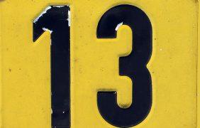 Dreizehn, 13, DREIZEHN JAHRE DREIBEINBLOG
