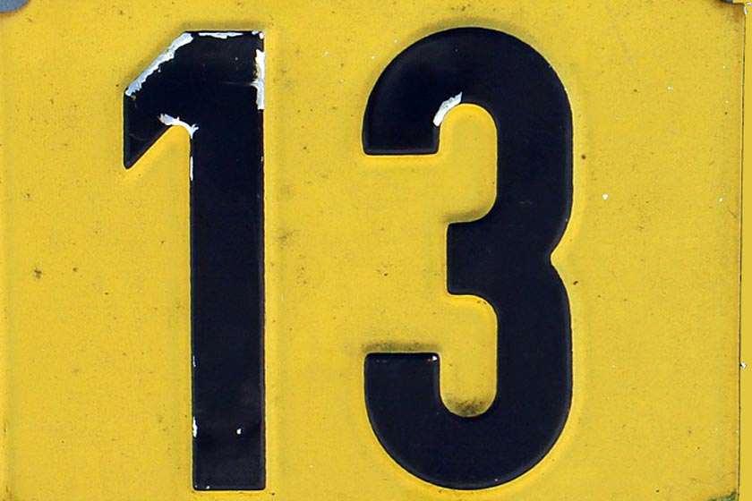 dreizehn