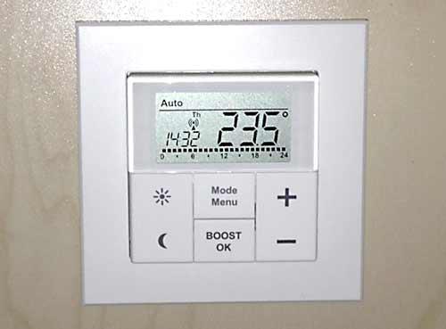 max-heizungssteuerung-wandthermostat-eigenesbild