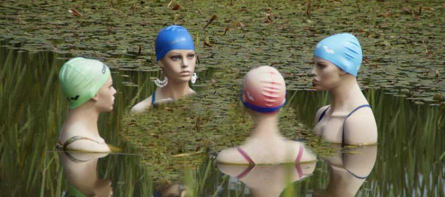 Neckarnixen schwimmen  an Maria Lichtmess nackt