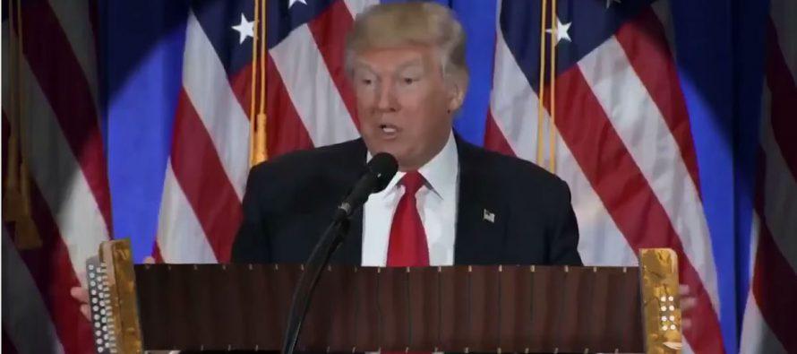 Donald Trump spielt uns den Marsch