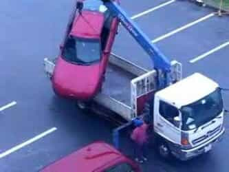 Video thumbnail for youtube video Wenn man falsch parkt, wird man abgeschleppt... Dreibeinblog